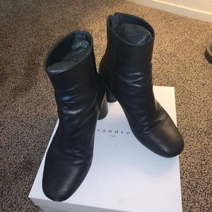 SANDRO LEATHER ANKLE BOOTS 👢